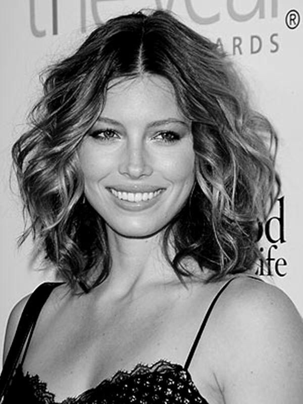 11-Hairstyles-For-Medium-Length-Hair-Style-Cuts