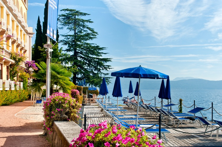 Grand Hotel Gardone pontile; jetty #lagodigarda #summer