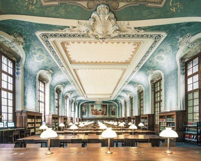 Bibliothèque interuniversitaire de la Sorbonne  17, rue de la Sorbonne – Paris 75005 01 40 46 30 97 lundi – vendredi de 9h à 20h Jeudi 12h – 20h samedi 10h – 19h