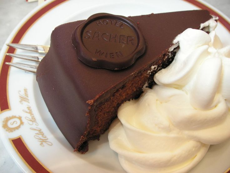 A slice of the famous Sacher Torte. Image by Fooding Around/CC BY 2.0