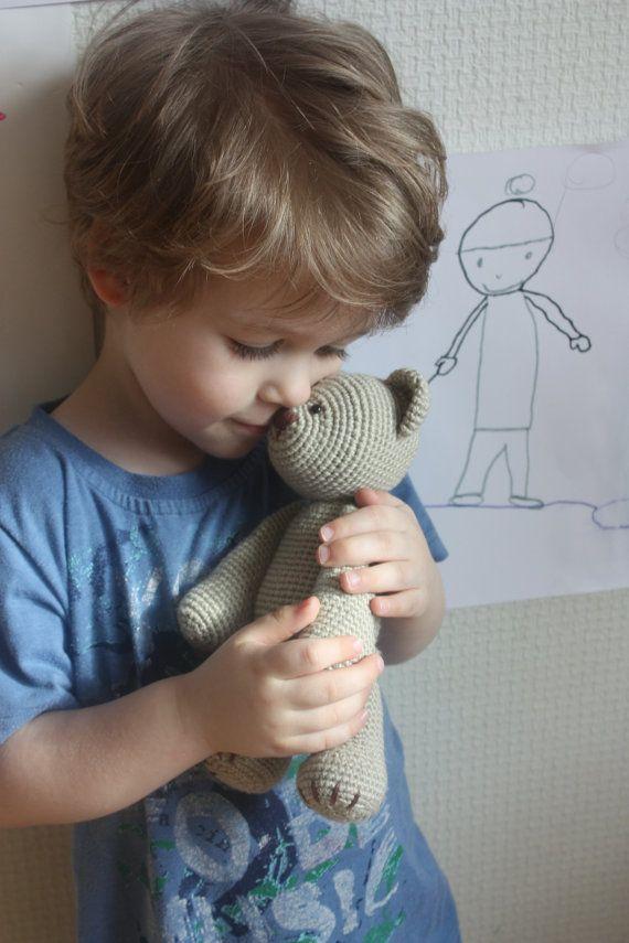 Classical Teddy Bear Crochet Pattern  Amigurumi por TinyAmigurumi, $5.00