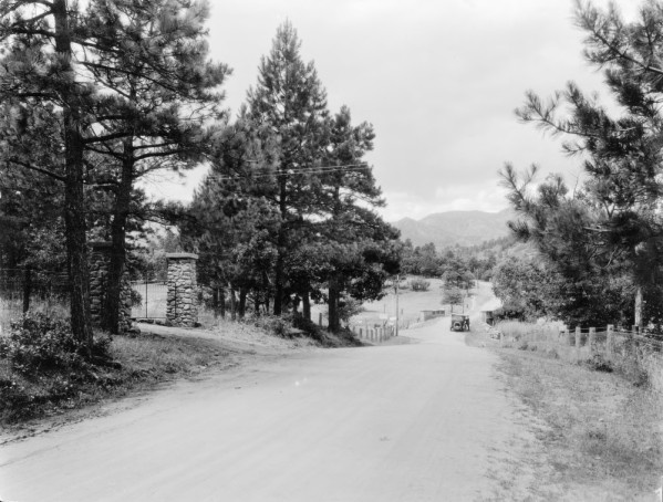 Beulah, Colorado, in early 1920s.  Maybe Pennsylvania rather than Pine Drive, though?