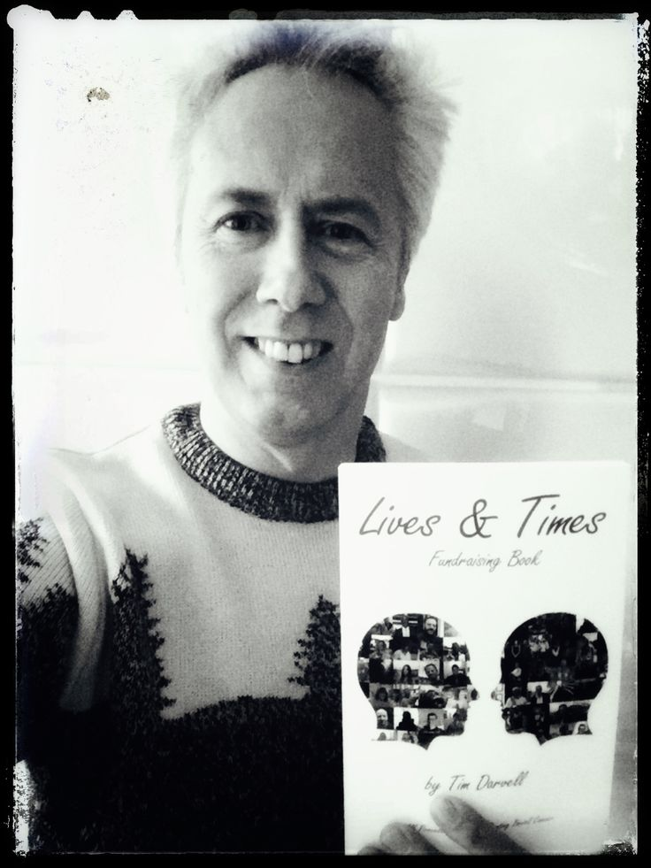 Lives & Times Fundraising Book : The Original Members of The Alarm Supporting The Bowel Cancer CharityBook