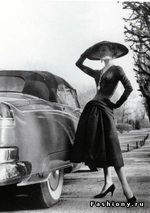 Тенденции 50-х годов прошлого века / платья прошлых веков