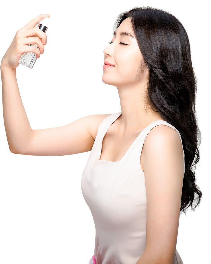 Hwangwhooyeon Cosmetics Model Seoeian  Brighter and better tone of skin change from Hwang Whoo Yeon's naturally originated ingredients make your skin baby soft.  황후연 미스트의 주요성분 강화로 자연이 가져다주는 피부의 변화로 아기피부같은 느낌을 느낄 수 있습니다. [황후연 화장품 모델 서이안]