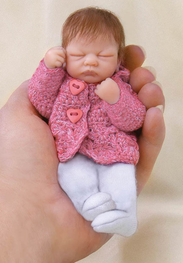 "Ashton Drake Baby Em 4"" dollDolls Reborn, Baby Ems, Ashton Drake, Clay Baby, Dolls Adorable, Baby Dolls, Dolls Minis, Art Dolls, Drake Baby"