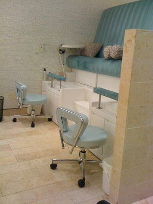 25 best ideas about pedicure station on pinterest for Adolf bieker salon