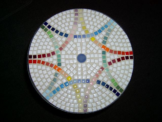 Mosaic table top by Mimi's Mosaics, via Flickr
