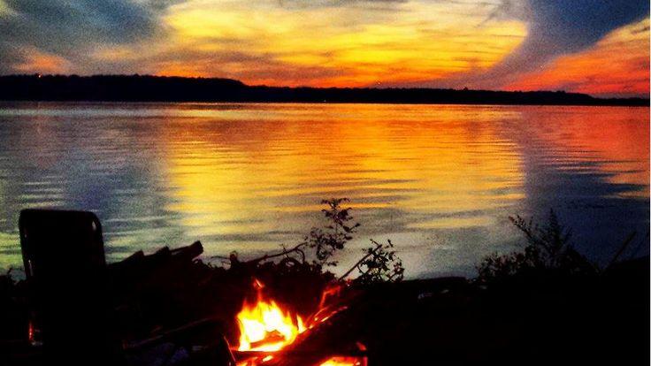 Campfire, view of Bay of Quinte - Photo thanks to Jaime VanVlack