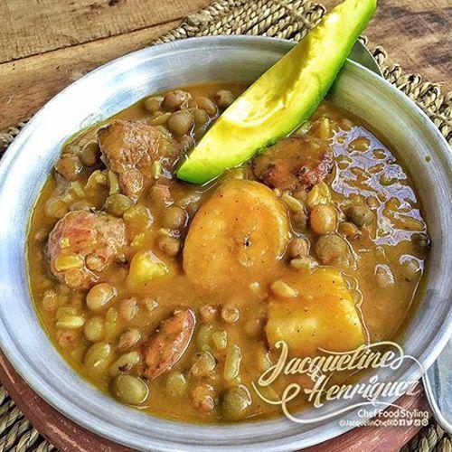 M s de 25 ideas incre bles sobre comida dominicana recetas for Chambre de guandules dominicano