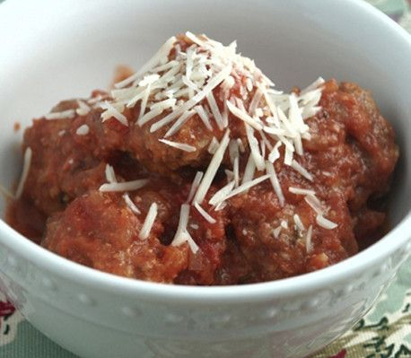 Kødboller i tomatsauce med italiensk smag er både god slankemad og meget anvendelige.