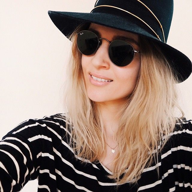 """""""Spring, sun and loads of vitamin D! Get the pieces here www.liketk.it/1anSk #janessaleone #rayban"""""""