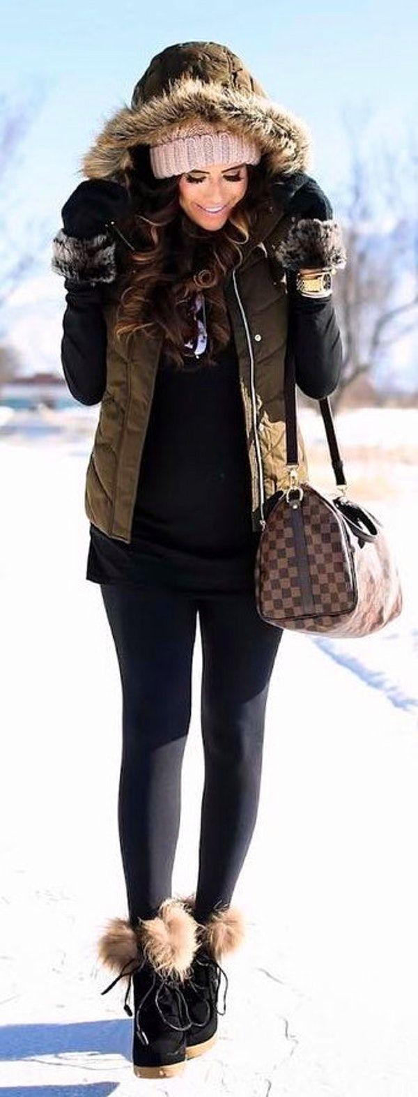#winter #fashion / Army Vest / Black Top / Black Leggings / Black Snow Boots