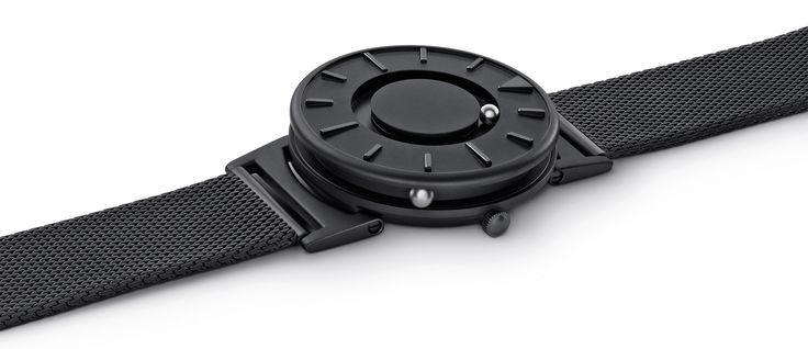 The Bradley: A Tactile Timepiece