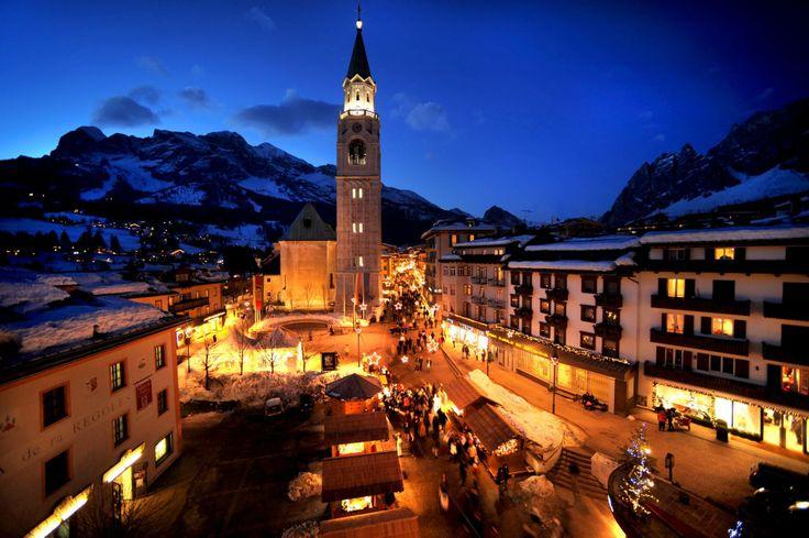 Nei luoghi più belli del mondo, DOMINA c'è sempre! Buona serata da Cortina D'Ampezzo e dal DOMINA HOME ALASKA!