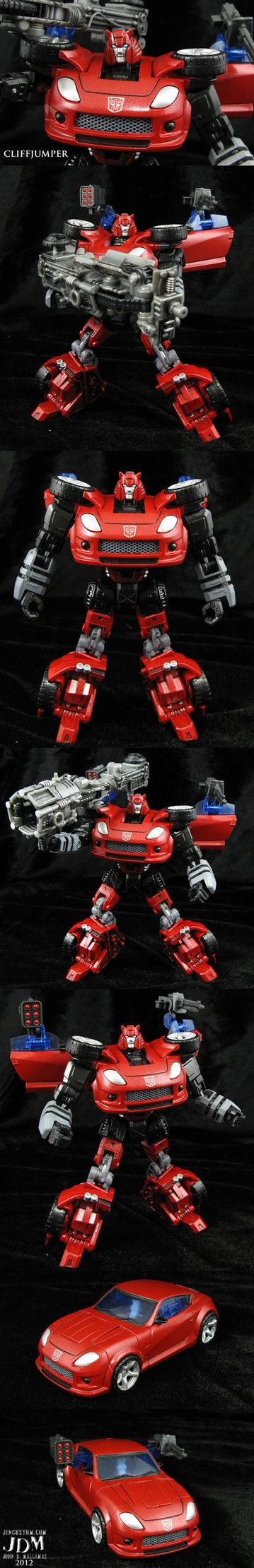 """All I can hear is Casey Kasem going, """"Lemme at 'em! No Decepticon's gonna mess with me when I look so bad! LEMME AT 'EM!"""
