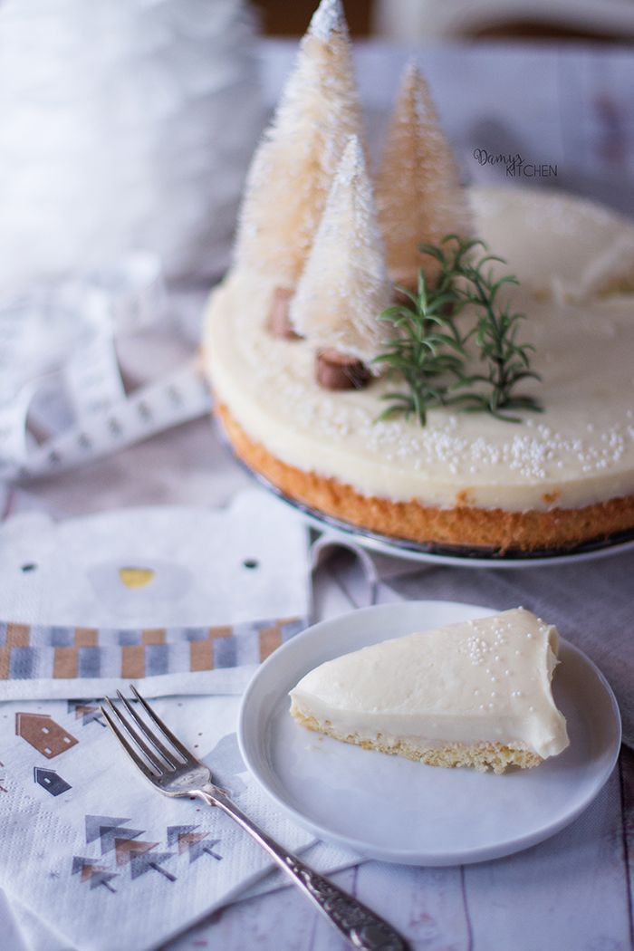 Beyaz çikolatanın bir şahesere dönüşmesi söz konusu.. Altı yumuşacık pandispanya, üzeri beyaz truffle olan pastadaki her lokmanın damak...