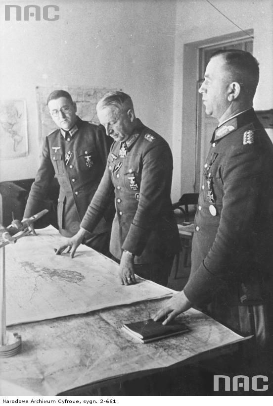 Erich von Manstein generals surrounded by his staff while ...