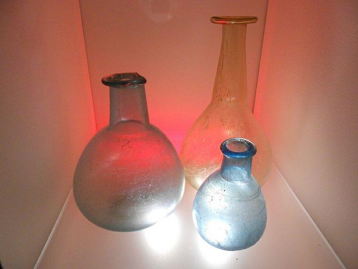 contenitori, la teca dei vetri, museo archeologico nazionale, Adria