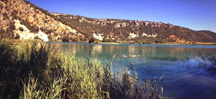 Flotando, fluyendo con la naturaleza #lagunadeltobar #beteta #cuenca