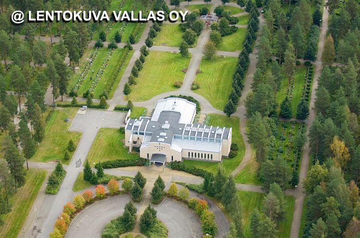 Ristinkappeli ja hautausmaa Ilmakuva: Lentokuva Vallas Oy