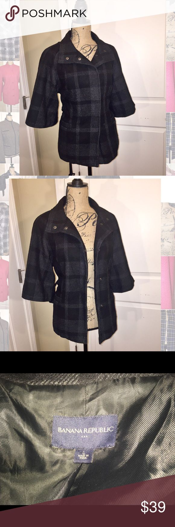 Banana Republic coat Belted coat. Plaid material.  Coat can be worn with or without belt. Coat also buttons up Banana Republic Jackets & Coats