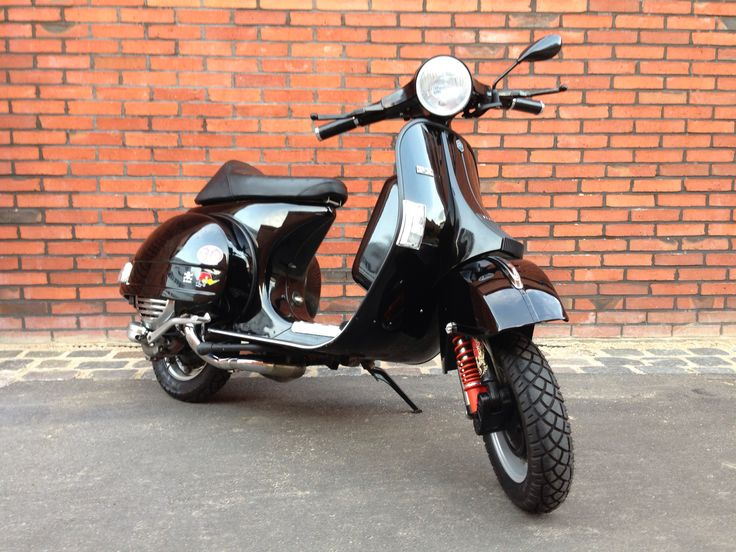 For sale: My original Italian Vespa PX 200 #hamburg #vespa #forsale #germany