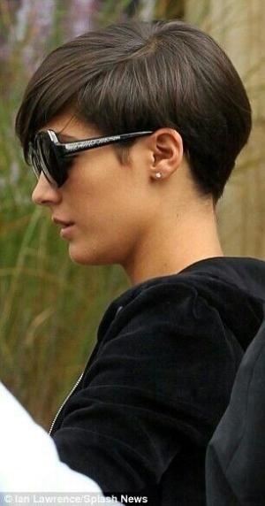 Short hair - Frankie Sandford by alexandra