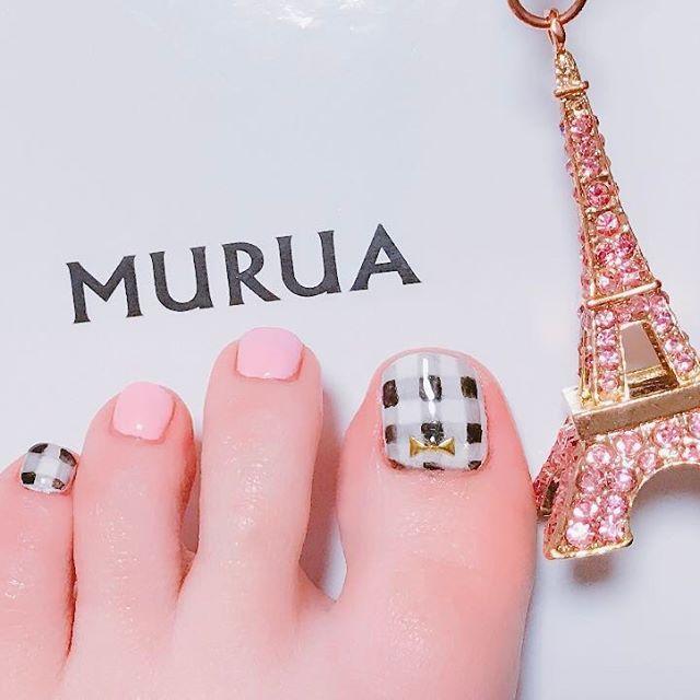 ギンガムチェック🍒❁ 女子満開🤗🎀 #footnail#newnail#nail#gelnail #ネイル#フットネイル#ジェルネイル#春ネイル#ギンガムチェック#ピンク
