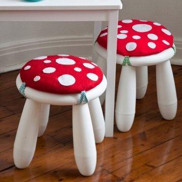 Des tabourets-champignons