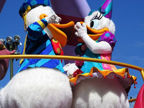 117 best daisy and donald duck images on Pinterest  Daisy duck