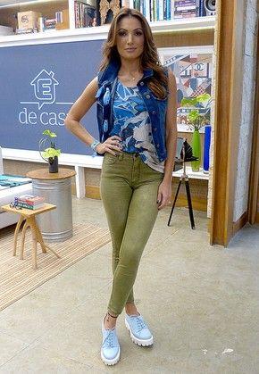 """Patrícia Poeta cria novo jeito de usar bandana: """"Ótima opção para dar cor ao jeans"""" (Foto: Carolina Berger / Gshow)"""