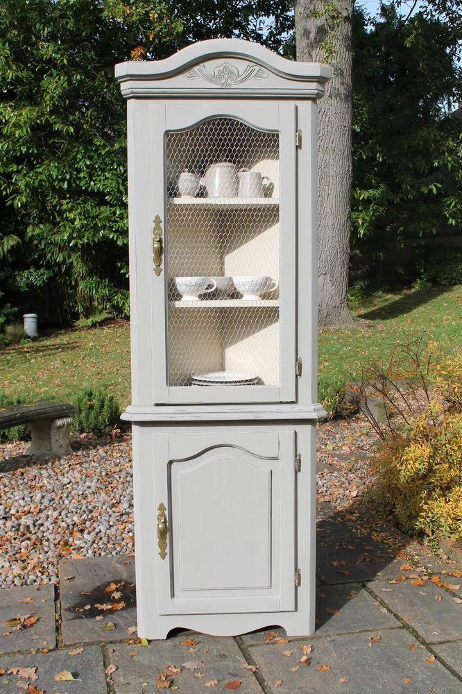 Vintage shabby chic corner display cabinet - Grey & cream with chicken wire