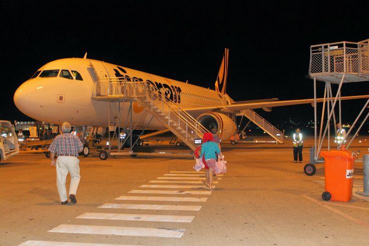 Taking flight on Tiger Air - Chase boards first, followed by Harmonie! http://www.maidinaustralia.com/2014/04/little-tigers-take-flight.html #tigerairau #ntaustralia #novoteldarwin #ausoutbacknt