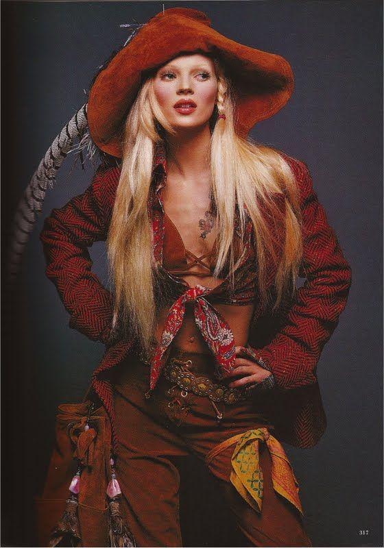 Because she effortlessly created the boho grunge chic cool era wayyy better than anyone else! #katemoss