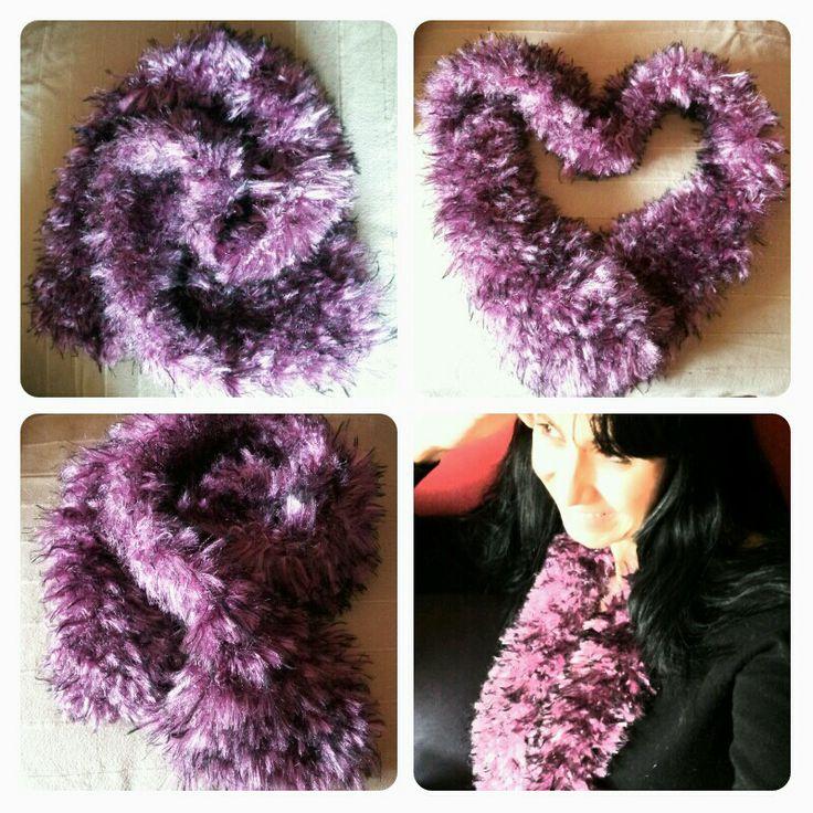 Estola confeccionada 100% a mano con lana Rabbit  www.merilas.blogspot.com.es