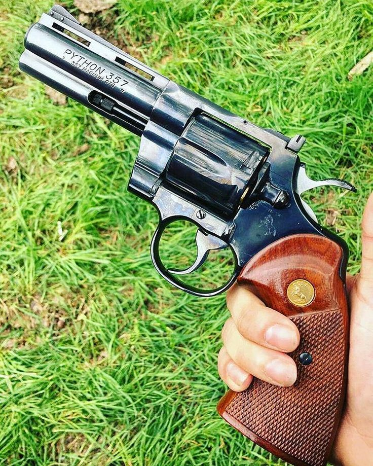 MΔΠUҒΔCTURΣR: Colt  MΩDΣL: Python CΔLIβΣR: 357 Magnum  CΔPΔCITΨ: 6 Rounds  βΔRRΣL LΣΠGTH: 4