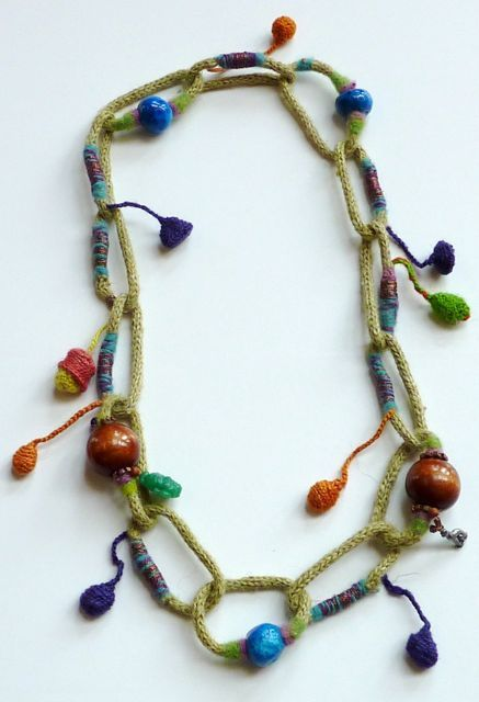 lovely lovely tricotin necklace