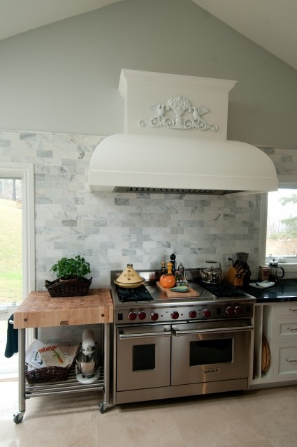 love the butcher block and the stove. drool. http://pinterest.com/pin/13348957/#