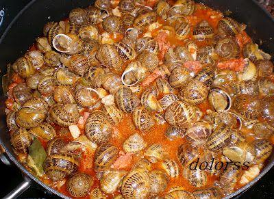 Blog de cuina de la dolorss: Caragols o caracoles a la cazuela con chorizo y picada