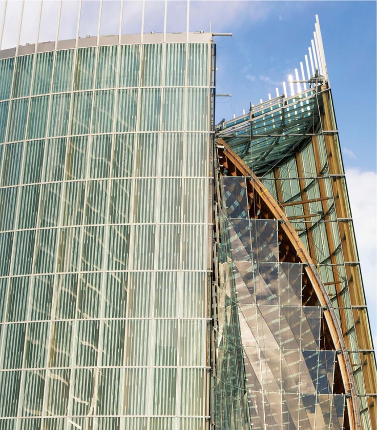 Credit som cesar rubio a fritted glass curtain wall forms for Outer wall design architecture