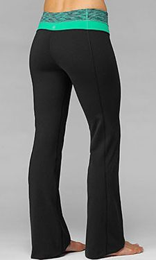 17 Yoga Pants that are Jawdroppingly Cheap