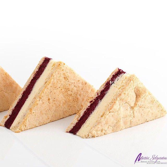 Javier Guillen Ice Sandwich