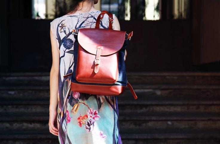 FLOWERS MOOD 👉https://www.etsy.com/shop/ElMato  #elmato #madeinitaly #originaldesign #unconventionalstyle #highqualitymaterials #newcollection #summermood #summerstyle #flowers #lightsandshadows #summerlights #leatherbackpack #handmadebackpack #onetsy