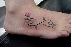 infinity flowers heart tatoo | ) Tags: woman folhas leaves tattoo foot leaf heart feminine infinity ...