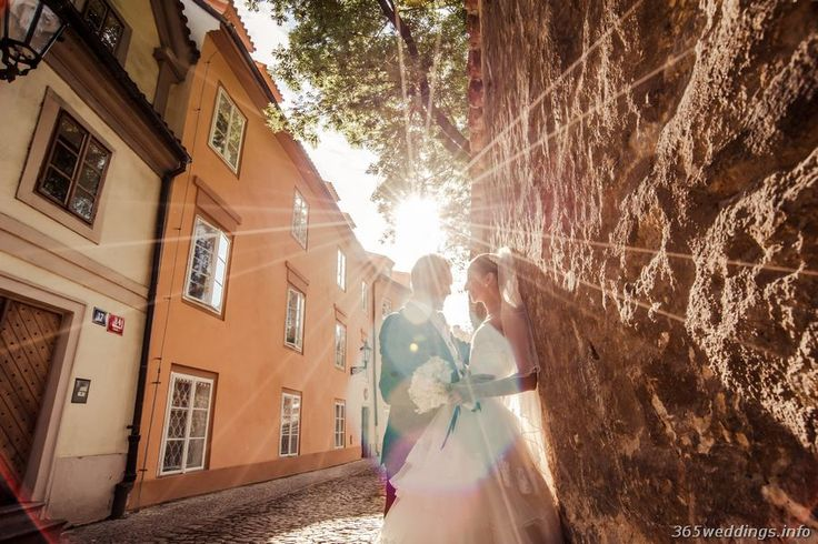 Luxury wedding in Prague in photos of professional photographer Artur Jakutsevich