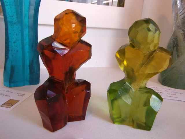 The little GALLERY of fine ARTS: Autumn Glass Figures by Di Tocker.  To view more glass art visit our website www.thelittlegalleryoffinearts.co.nz