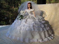 OOAK main bonneterie Bride Barbie lit oreiller par windsofchange