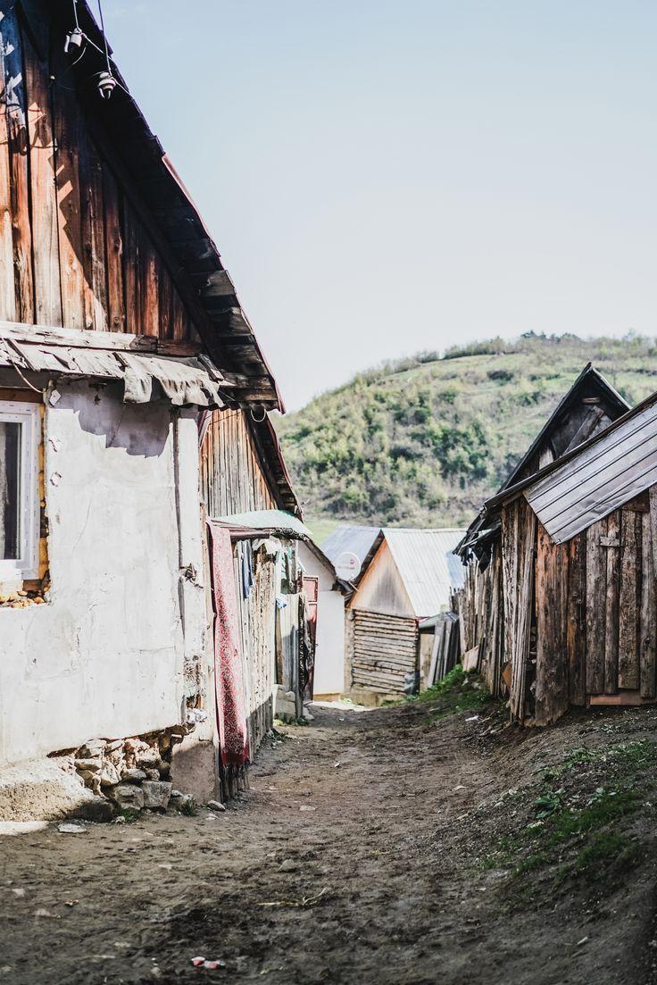 Rumänien entdecken! Macht Urlaub abseits der Touristenpfade und lernt die tolle Landschaft in Romania kennen.