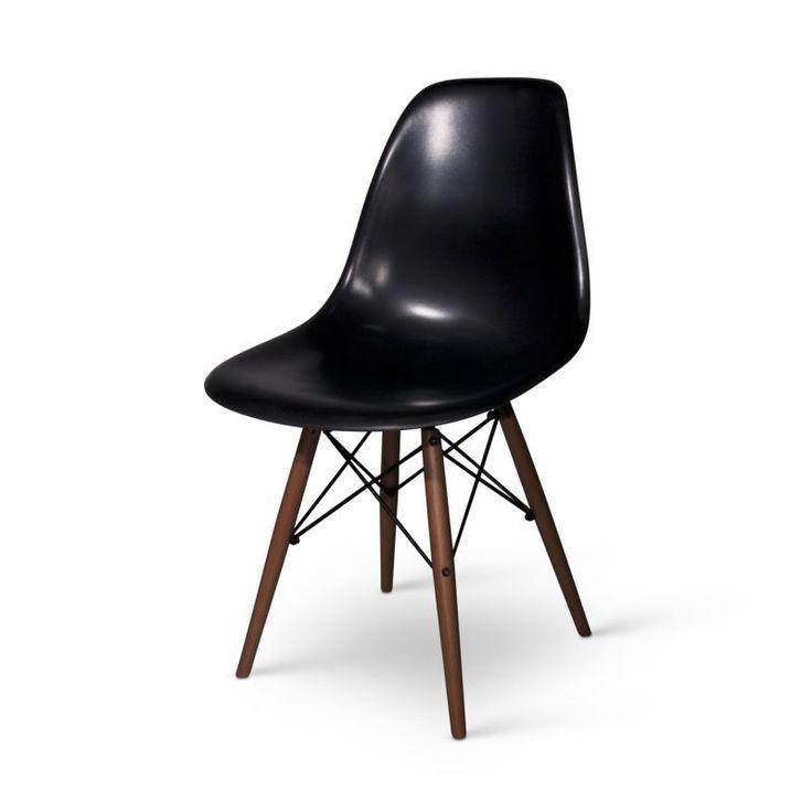 Chaise Eames DSW noire avec base foncée Chaise eames dsw
